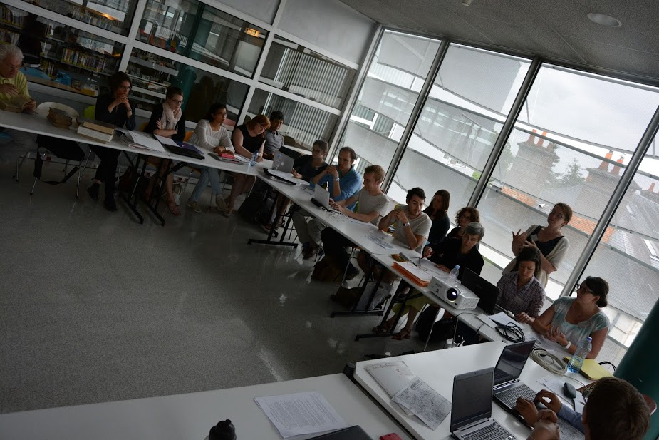 Ecole d'été Orléans 2015 : travaux pratiques autour des incunables et de leur catalogage (photo R.Jimenes)